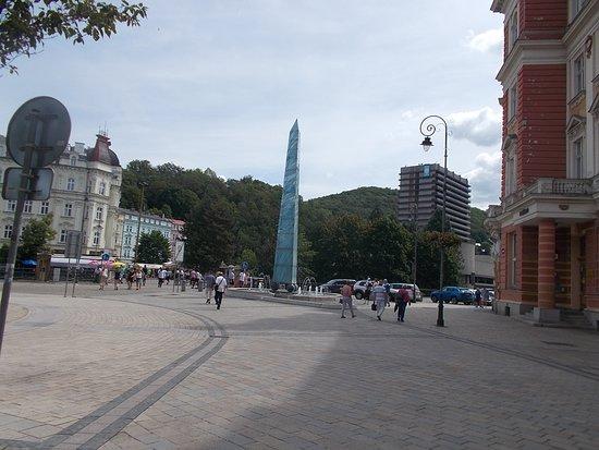 Obelisk - fontána