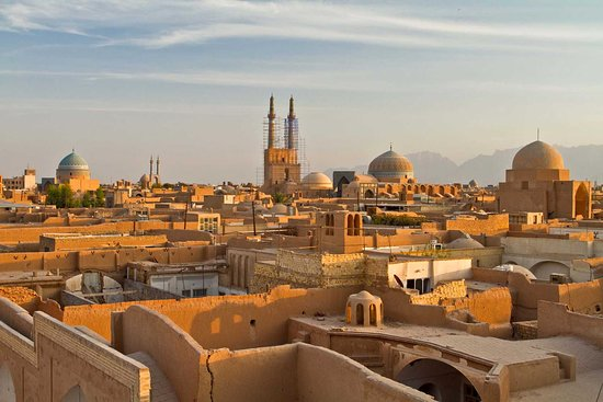 Fahadan Neighborhood, photo is taken by one of our Iranian Cultural Tour guides on a rooftop just before sunset. Walking around Amir Chakhmaq square and Jameh mosque of Yazd you reach Fahadan neighborhood, the oldest neighborhood of Yazd. The narrow alleyways of this stunning neighborhood take you back to the old times.
