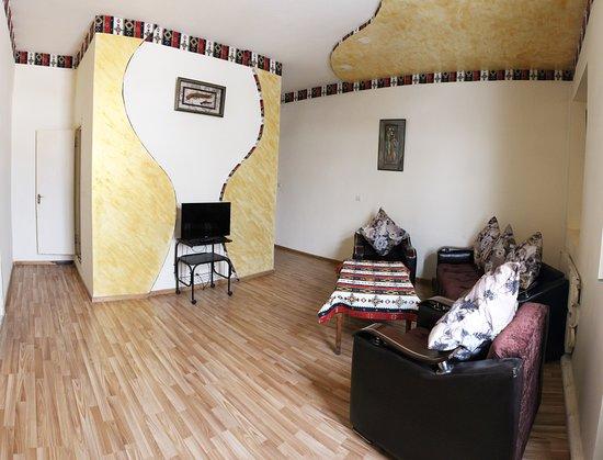 Foto de Oazis Hotel & Restaurant, Noratus: getlstd_property_photo - Tripadvisor