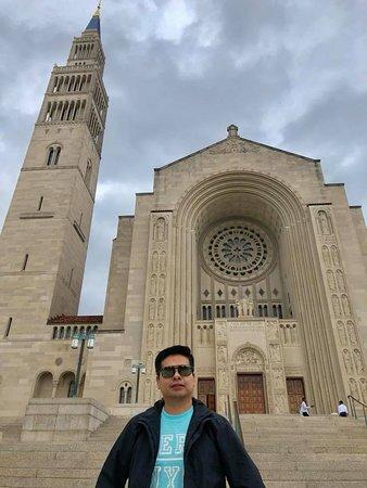 Entrada a la Catedral Nacional de Washington: Cat