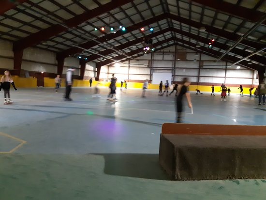 The Rollerskating Place