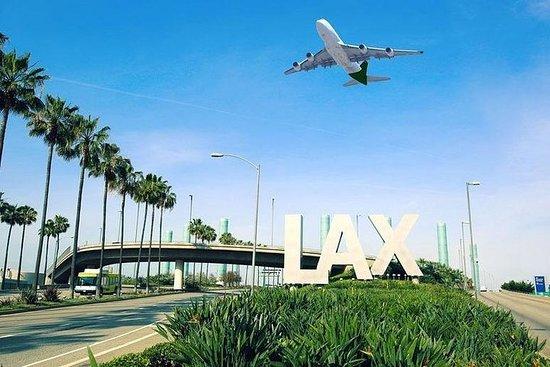 西好萊塢/比佛利山莊私人轉乘洛杉磯機場(LAX)。照片