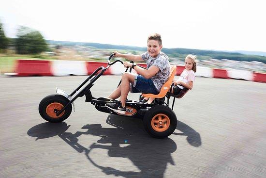 Natternbach, Österreich: Go-Kart-Fun IKUNA Naturresort © Philipp Horak