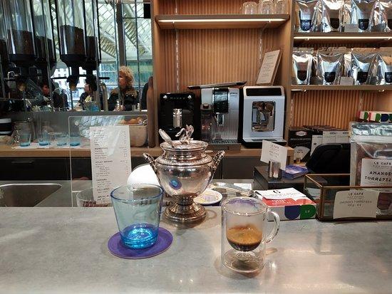 Le Café Alain Ducasse, Boutique La Canopée