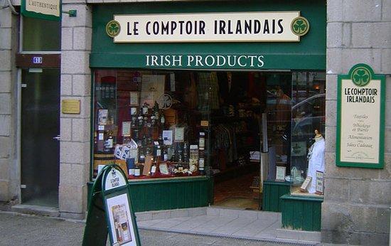 Le Comptoir Irlandais de Morlaix vous accueille au cœur de l'Irlande et des produits celtes à travers sa cave, sa collection textile, son épicerie et ses accessoires pour la maison !