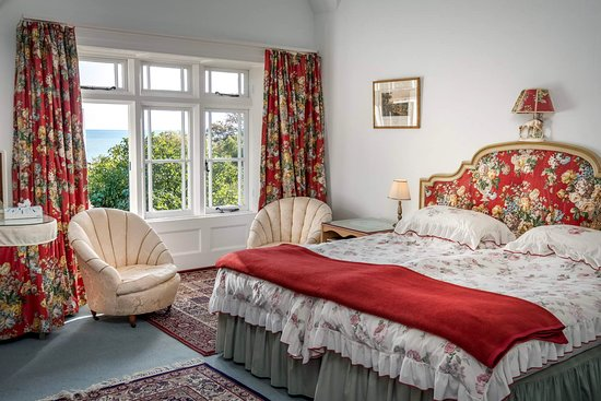 St Lawrence, UK: Twin/family room - lots pf space - garden and sea view