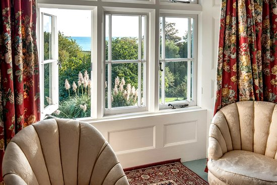 St Lawrence, UK: Look at that view from the twin/family room