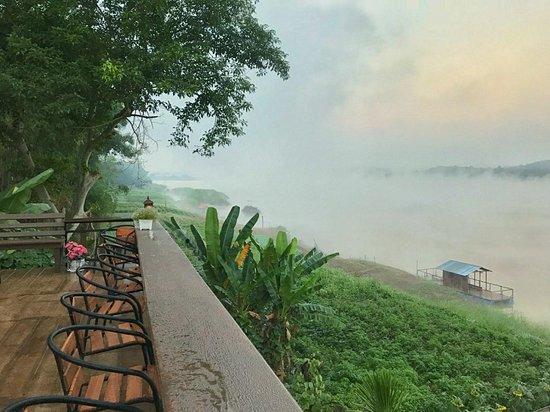 Chiangkhan River Mountain Resort