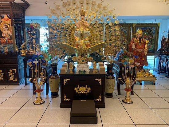Sheng Fan (Taichung Showroom)