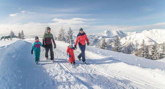 Waidring, Αυστρία: Triassic Trail Winterwanderweg