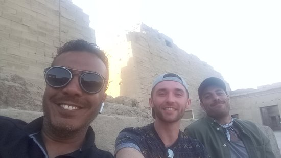 Foto Nile Cruise from Aswan to Luxor with Daily Guided Trip
