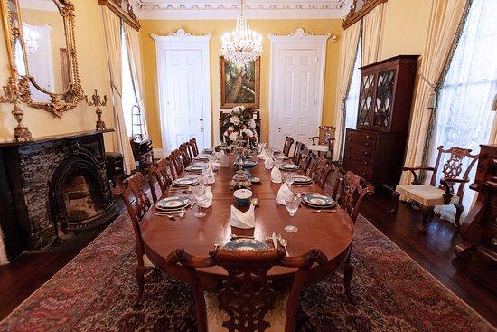 White Castle, LA: Mansion Dining Room