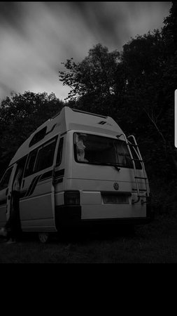 Norley, UK: Campervan stay over on our spacious car park.