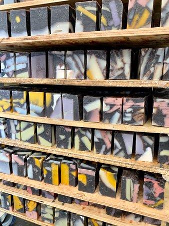 Rocky Mountain Soap Company Workshop Tours-billede