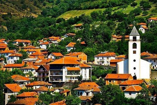 ジャンジェヴォへの遠足、廃村と地域のハイライト。