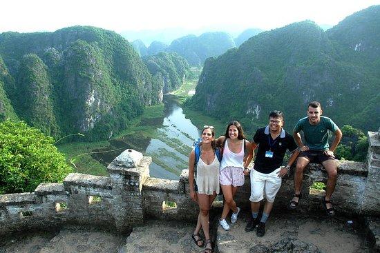 Ninh Binh: Hoa Lư - Tam Coc - Mua Cave...