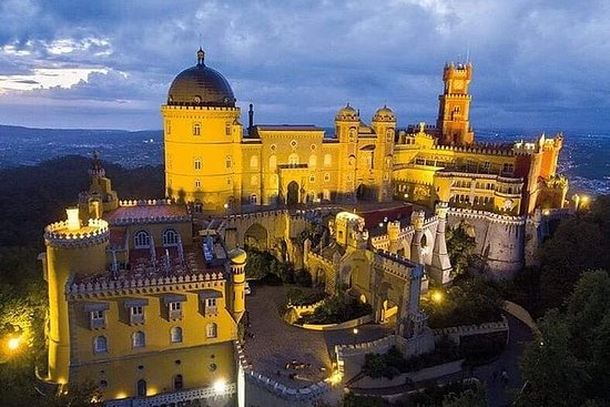 Excursion to Pena Palace, Sintra, Cabo...