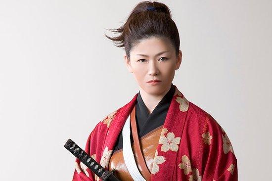 Samurai Cosplay 街 Guided city walk plan With studio photography