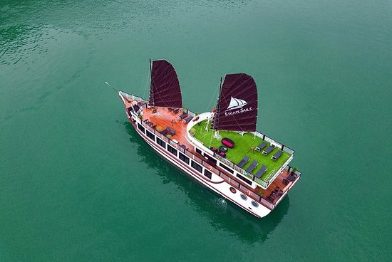 Luxury Ha Long -Lan Ha Bay Day Cruise...