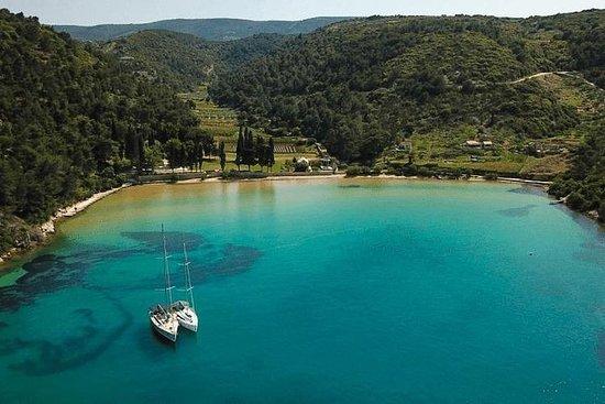 Privat halvdag båttur til Lovrečina og Supetar