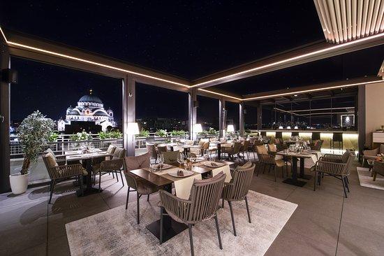 Crystal Hotel, hôtels à Belgrade