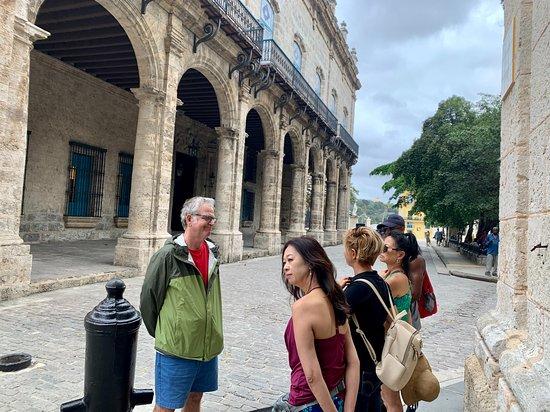 Cuba Embrace