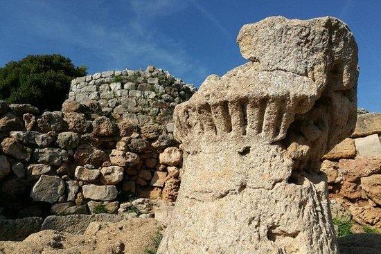 Alghero: tour archeologico privato
