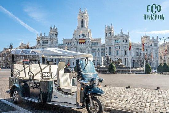 Tour exprés por Madrid en tuk-tuk...