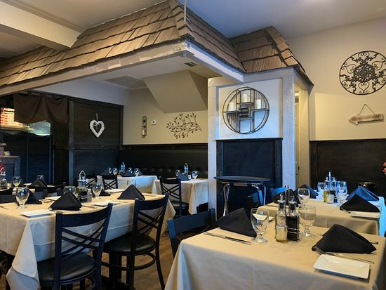 Savor Mahopac Dining Room 2