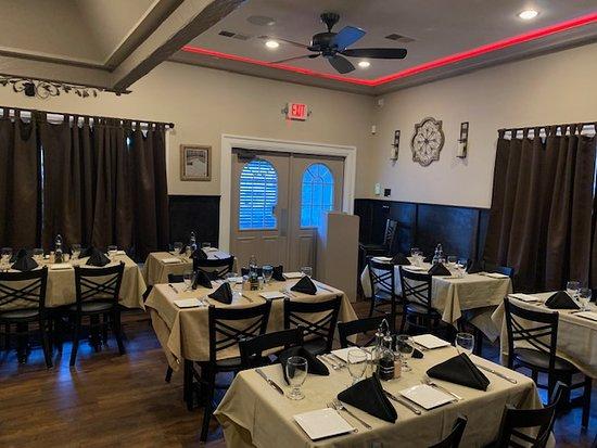Savor Mahopac Dining Room 4