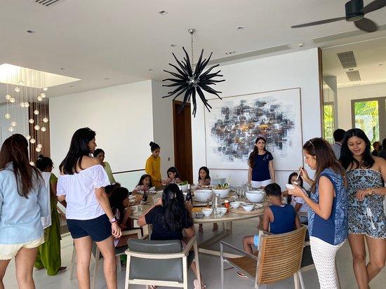 ในทอน, ไทย: Moments of happiness with private in a luxurious villa can be created by a quality team #RentalOperationTeam #ExclusiveVillaRental #PhuketVillaRental #KnightFrankPhuket #RealEstateAgent