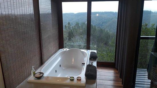 Rheenendal, Sudáfrica: View from the bath
