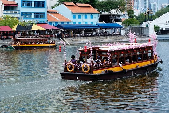 Singapore Group History & Culture...