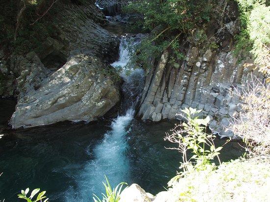 Deai-daru Falls Kawazu Nanadaru Waterfalls
