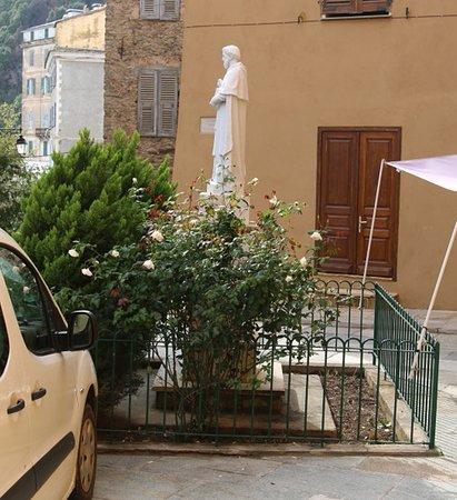 Statue de Monseigneur Alexandre Sauli