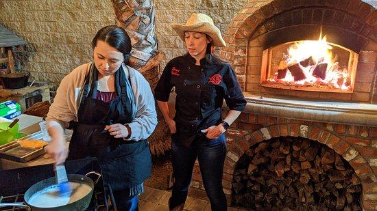 La Puente, CA: Renea helps all along the way