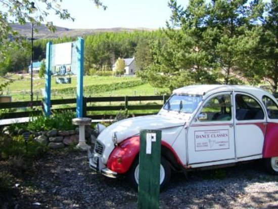 "Laggan, UK: ""Meg"" the 2CV car from Monarch of the Glen TV show"