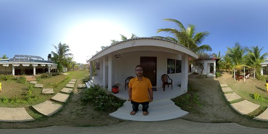Saint Martin's Island, Bangladesh: 360 view of grounds