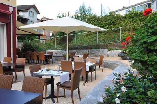 Buochs, Suiza: Gartenterasse