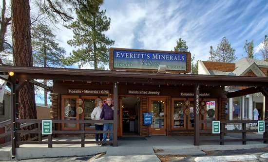 Owners Janet and Larry Everitt in front of Everitt's Minerals & Gallery, located at 54300 N. Circle Drive, Idyllwild, CA. 92549.