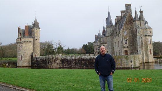 Missillac, ฝรั่งเศส: O castelo que não pertence ao hotel , más é lindo !
