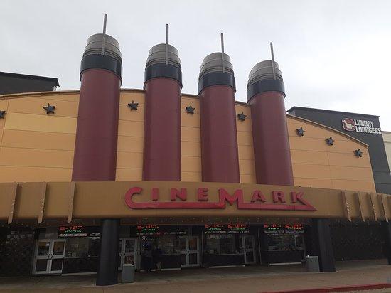Cinemark 19