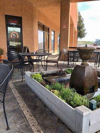 Valley Springs, CA: Great burgers