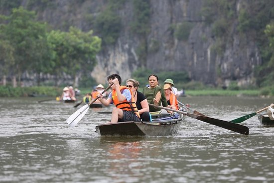 Ninh Binh 2D/1N from Hanoi: Hoa Lu...