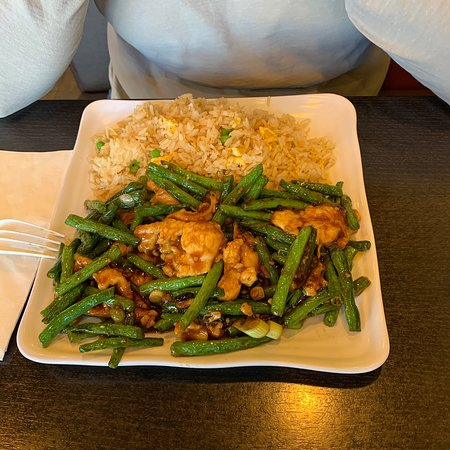 Green Beans and Chicken w/fried rice