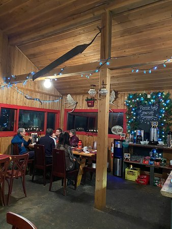 Silver Star, Canadá: Great adventure! Great sleigh ride, meal and atmosphere.