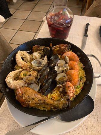 Ottima Paella e sangria