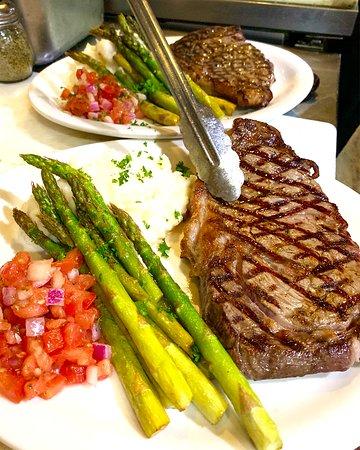 14oz grande ribeye steak with asparagus