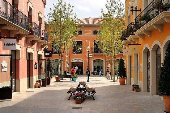 Tour Santa Susanna Degustación Outlet la Roca Grupo reducido desde...