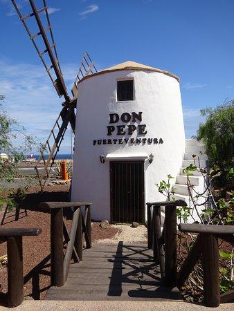 Parque Holandés, España: sehr schönes gut gelegenes Lokal mit freundlicher Bedienung und gutem Essen !